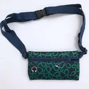 Running Waist Fanny Pack Belly Bag Headphone Slot